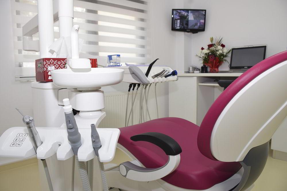 nicodent reparatii dinti carii maseli cabinet stomatologic
